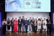 En la imagen, los ganadores de los Premios Academia del Perfume.